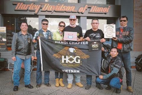 Biker Viet chay Sai Gon ra Ha Noi trong 3 ngay hinh anh 9