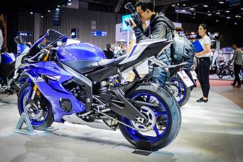 Yamaha YZF-R6 2017 kieu dang moi tai Viet Nam hinh anh 3