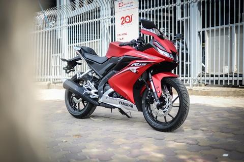 Yamaha YZF-R15 2017 gia hon 100 trieu tai Ha Noi hinh anh 1