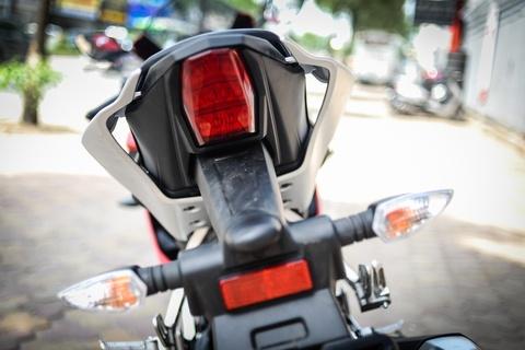 Yamaha YZF-R15 2017 gia hon 100 trieu tai Ha Noi hinh anh 9