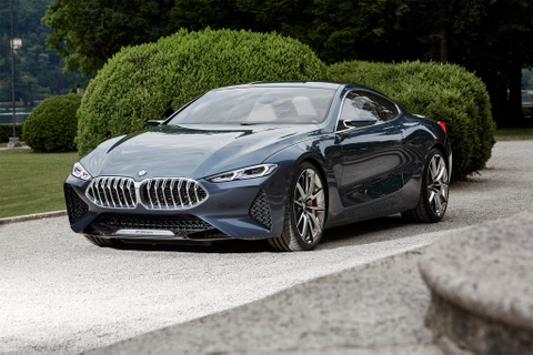 BMW 8-Series Concept lan banh tren duong hinh anh