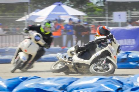 Tong hop chang dua Yamaha GP 2017 tai Da Nang hinh anh