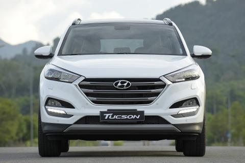 Hyundai Tucson bat ngo giam gia 130 trieu hinh anh