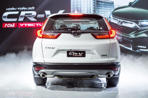 Honda CR-V moi lot xac so voi the he cu hinh anh