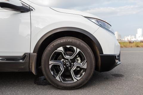 Honda CR-V moi lot xac so voi the he cu hinh anh 12