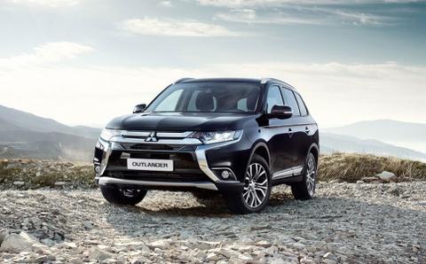 Mitsubishi Outlander 7 cho canh tranh Honda CR-V tai Viet Nam hinh anh