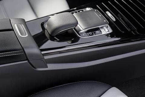 Mercedes-Benz A-Class 2018 thay doi dien mao, len ke thang 3 hinh anh 10