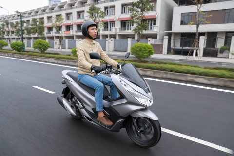 Danh gia PCX 150 2018: Xe tay ga lai 'suong' nhat cua Honda hinh anh 4