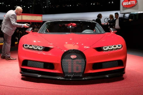 Bugatti Chiron them phien ban Sport gia 3,2 trieu USD hinh anh