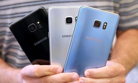 Cam sac va ky gui Samsung Galaxy Note 7 tren may bay hinh anh