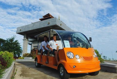 U19 Viet Nam an nghi tai resort sang trong hinh anh