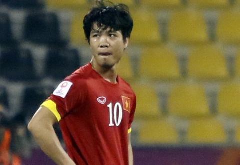 Cau thu U23 Viet Nam: 'Chan tay toi rung roi sau tran thua' hinh anh