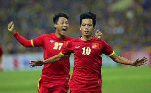 Van Quyet: 'Tu hao qua futsal Viet Nam' hinh anh