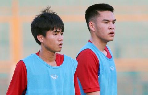 U20 Viet Nam: Tony Tuan Anh da cap voi Thanh Hau hinh anh