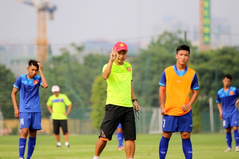 U15 Viet Nam tap trung huong toi vong loai U16 chau A va U17 World Cup hinh anh