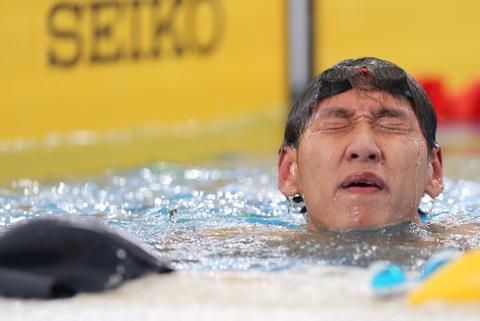 Hoang Quy Phuoc: 'Toi that bai vi qua non nong' hinh anh