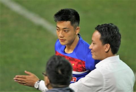 Phi Minh Long lam tro ly HLV thu mon o U23 Viet Nam hinh anh 11