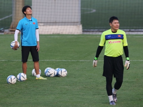Phi Minh Long lam tro ly HLV thu mon o U23 Viet Nam hinh anh 3