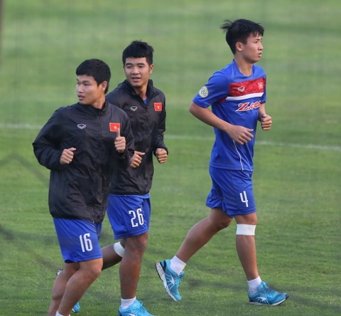 Phi Minh Long lam tro ly HLV thu mon o U23 Viet Nam hinh anh 7
