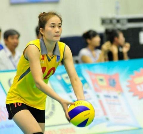 Hoa khoi bong chuyen Linh Chi duoc CLB Thai Lan san don hinh anh