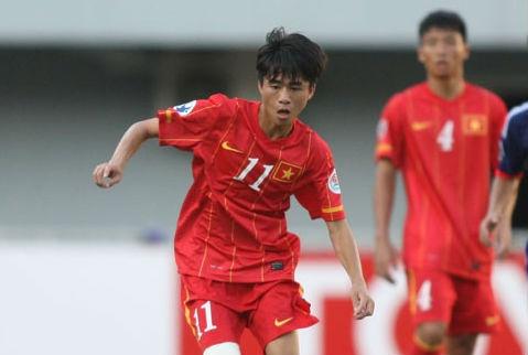 Phan Thanh Hau bi soc khi lot vao top 40 tre the gioi hinh anh