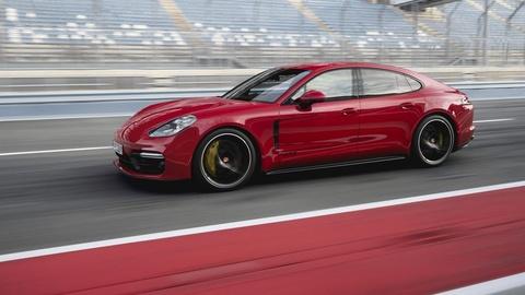 75.000 chiec Porsche Panamera phai trieu hoi vi loi tro luc lai hinh anh