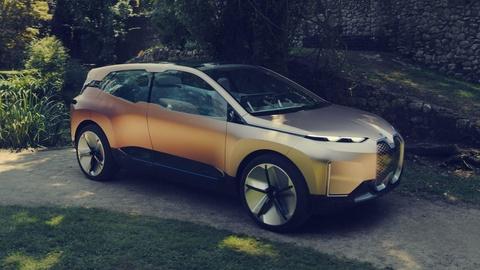 BMW cho lai thu concept Vision iNext tai CES 2019 bang VR hinh anh