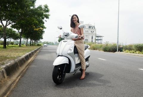 Danh gia Yamaha Grande Hybrid: Tien va dep, dong co dien co an tuong? hinh anh
