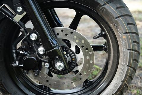 Danh gia Yamaha Grande Hybrid - ban nang cap thuc dung cho phai dep hinh anh 7