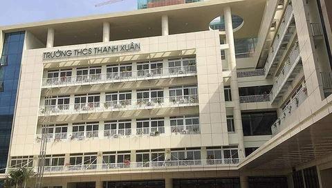 Dong tien o truong THCS Thanh Xuan: Phu phi gap 10 hoc phi? hinh anh
