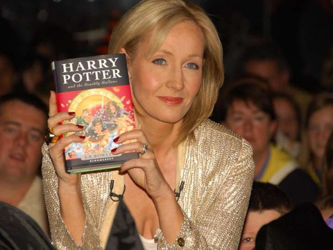 Chi hon 40.000 USD de so huu an ban dau tien cua bo 'Harry Potter' hinh anh