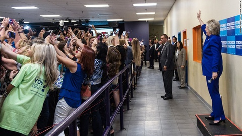 Nhung buc anh selfie noi tieng nhat nam 2016 hinh anh 3
