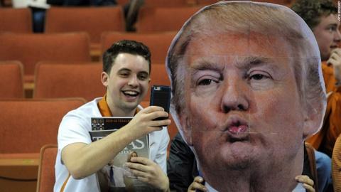Nhung buc anh selfie noi tieng nhat nam 2016 hinh anh 2