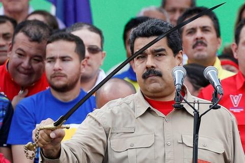 Nguoi Venezuela dot tien de bieu tinh, cuop pha no ra hinh anh 11