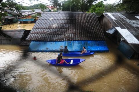 Thai Lan lut do mua trai mua, 25 nguoi thiet mang hinh anh 4