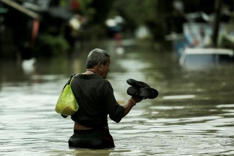 Thai Lan lut do mua trai mua, 25 nguoi thiet mang hinh anh 3