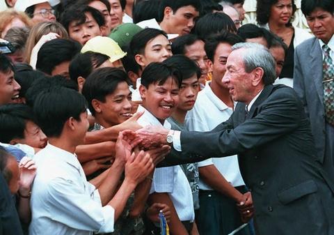 22 nam Viet - My: Tu cai bat tay cua Bill Clinton den bun cha Obama hinh anh 2