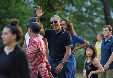 Obama duoc chao don nong nhiet o que huong cu hinh anh