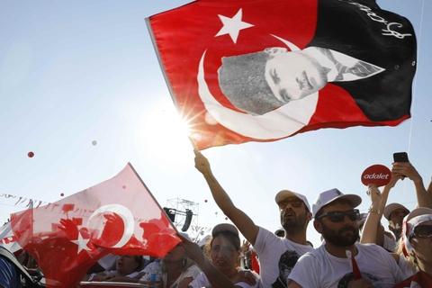 Tho Nhi Ky: Phe doi lap 'dai dieu hanh' tu Ankara den Istanbul hinh anh