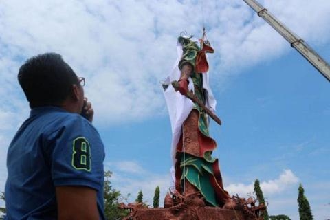 Tranh cai chuyen pha tuong Quan Vu khong lo o Indonesia hinh anh