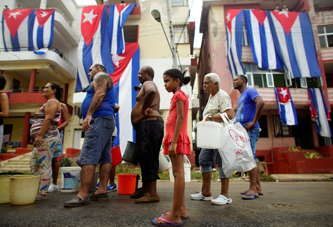 Thu do co kinh cua Cuba dep de nhung 'mong manh' truoc bao hinh anh 11