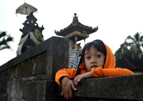 10.000 nguoi di tranh nui lua phun trao o thien duong du lich Bali hinh anh 5