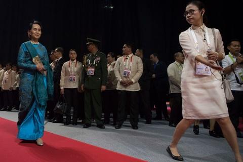 Trump, Trudeau va lanh dao ASEAN du yen tiec tai Philippines hinh anh 9