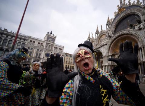 Le carnival phu phiem tru danh cua thanh pho Venice hinh anh 6