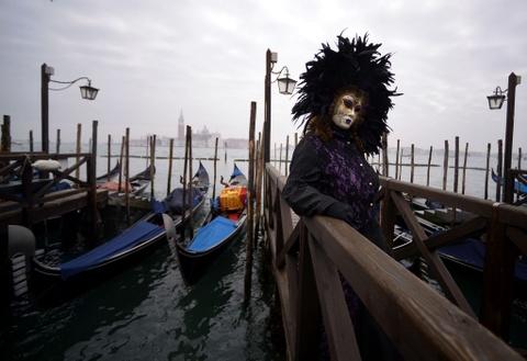 Le carnival phu phiem tru danh cua thanh pho Venice hinh anh 11