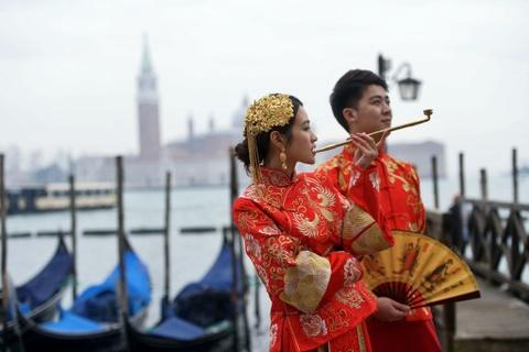 Le carnival phu phiem tru danh cua thanh pho Venice hinh anh 3