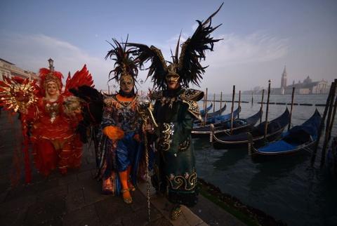 Le carnival phu phiem tru danh cua thanh pho Venice hinh anh 10