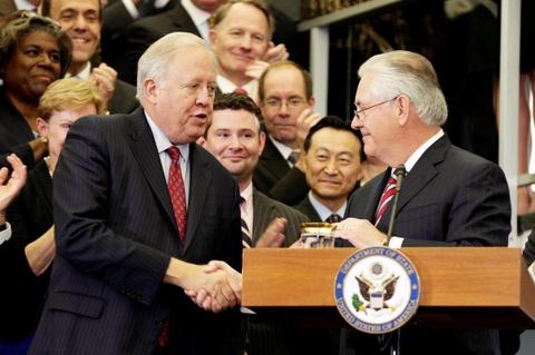 Them lanh dao Bo Ngoai giao My bo chinh quyen Trump hinh anh