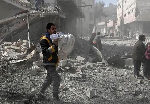 2 ngay, 250 nguoi chet o Syria, UNICEF 'khong con gi de noi' hinh anh