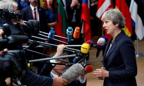 Brexit, Theresa May va cuoc hop thuong dinh dinh menh o Brussels hinh anh 3